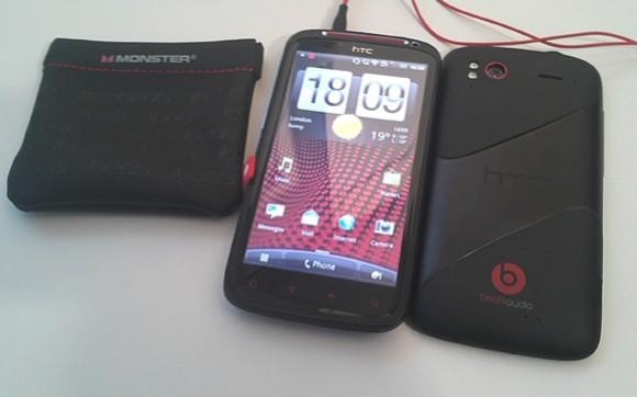 Foto e VIDEO dell' HTC Sensation XE, il primo smartphone ...