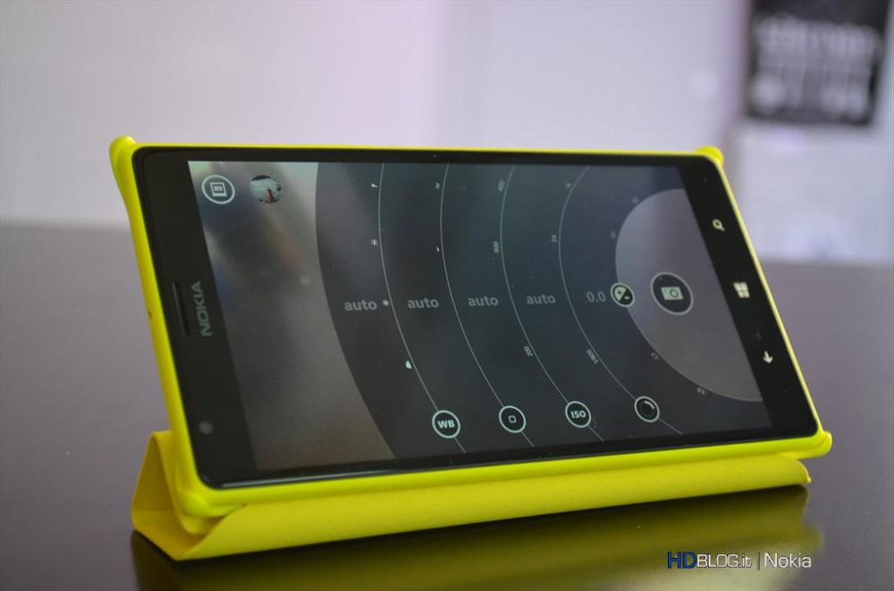 scaricare contenuti multimediali nokia lumia 800