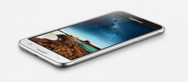 Samsung Galaxy J3 (2016) si aggiorna introducendo le patch di sicurezza di agosto
