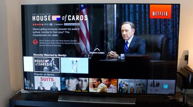 Gli abbonati a Netflix hanno guardato quasi 600 ore di video nel 2015